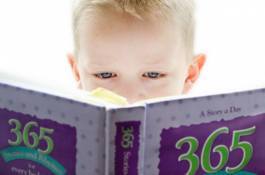 Otrokov razvoj v video predstavitvi od ena do pet let
