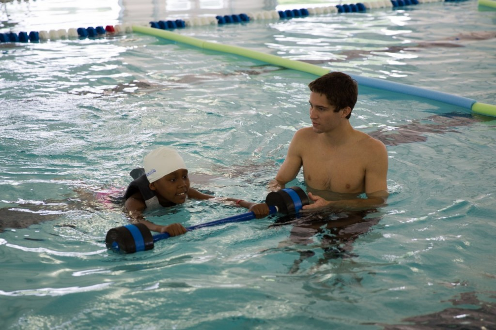 Kako naučimo otroka plavati