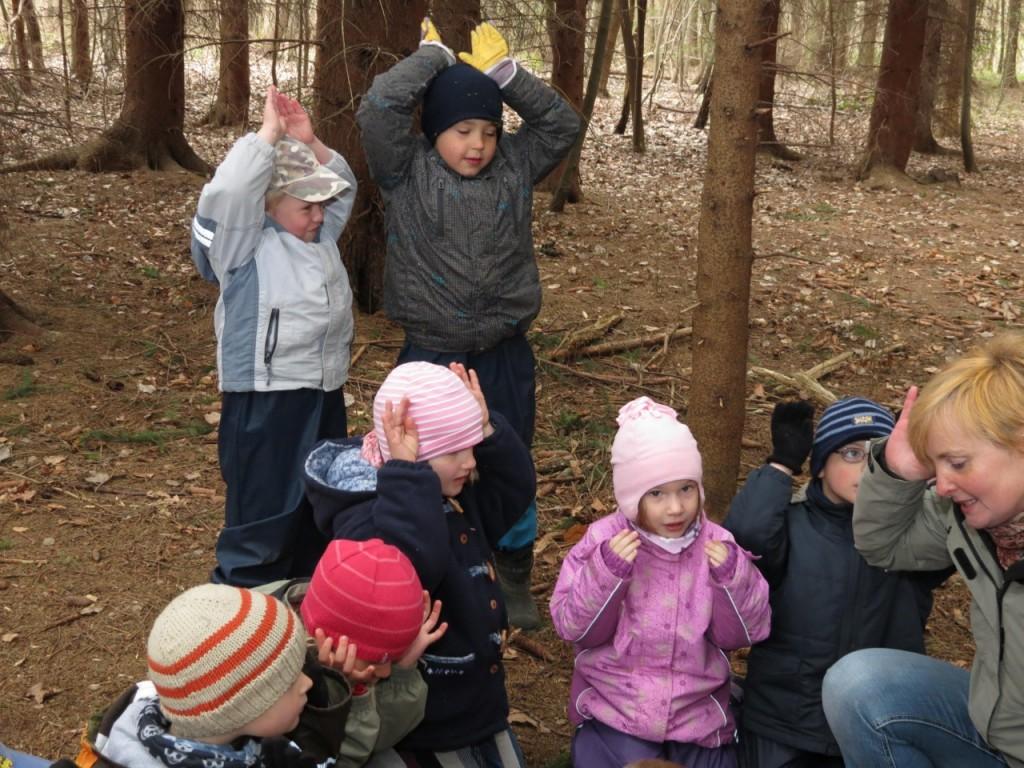 Danska: otroke je najbolje pustiti v gozdu