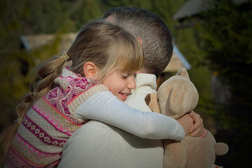 Kaj vse lahko očetje naučijo svoje hčerke