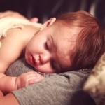 Kaj mora vsaka mama vedeti o vročini pri otroku