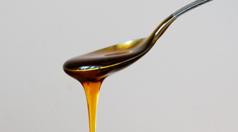 Obloga iz medu proti kašlju