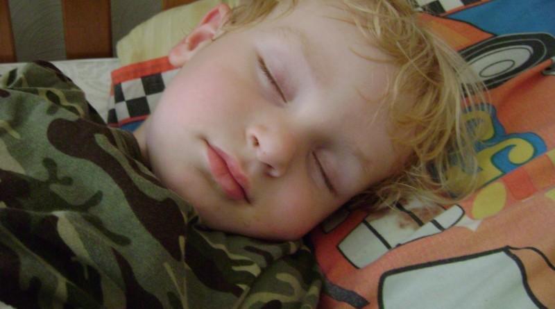 Adenoviroza - kaj moramo starši vedeti