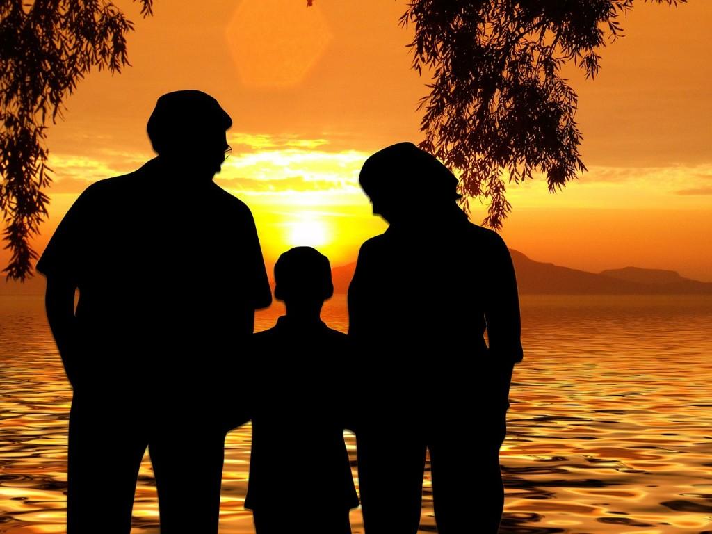 Kako lahko očetje naučijo svoje sinove, da spoštujejo ženske