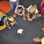 Dr. Ranko Rajović: Z učenjem na pamet otroci doživljajo stres