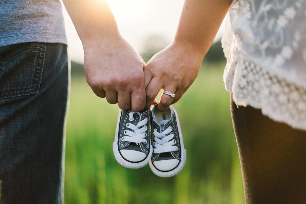 Kako ohraniti trdno partnerstvo, ko imamo majhne otroke