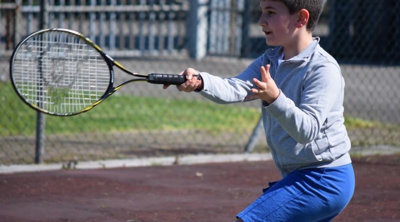 Zdravje vaših otrok je bolj pomembno od njihove uvrstitve na teniški lestvici