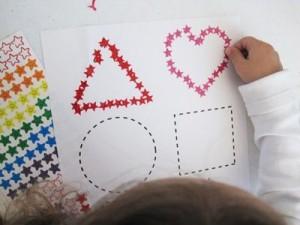 7 iger za otroke, ki spodbujajo razvoj inteligence