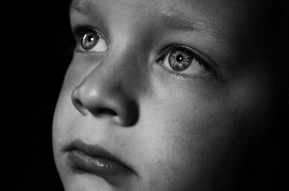 Ali naj se starši pogovarjajo o smrti s svojimi otroki?