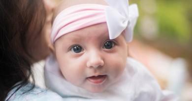 Razvoj dojenčka v tretjem mesecu