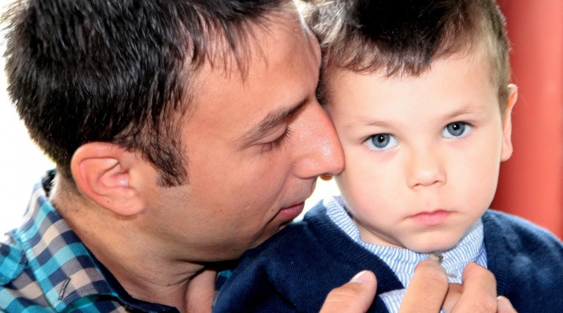 Pet načel pozitivnega starševstva