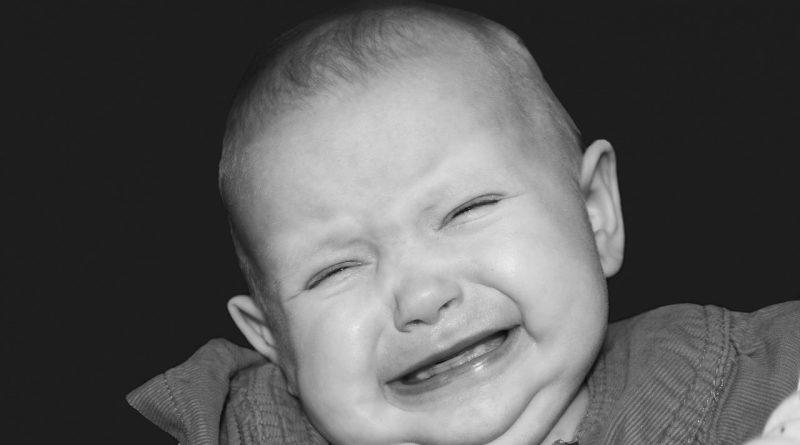 7 resnih simptomov pri dojenčkih in malčkih