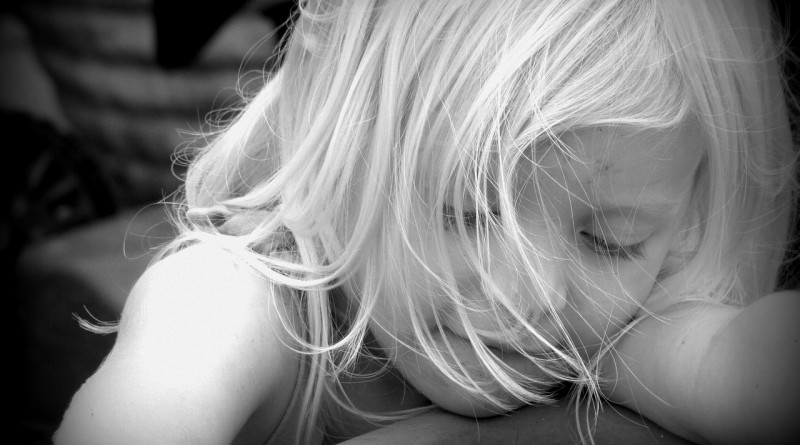 Lažne avtoritete - otroci morajo biti vzgojeni, ne pa poslušni