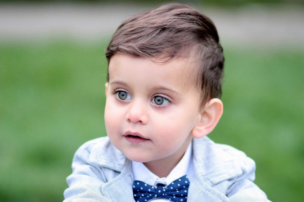 Razvoj osemnajst mesečnega otroka