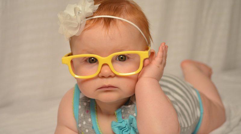 Strabizem (škiljenje) pri otrocih - simptomi in zdravljenje