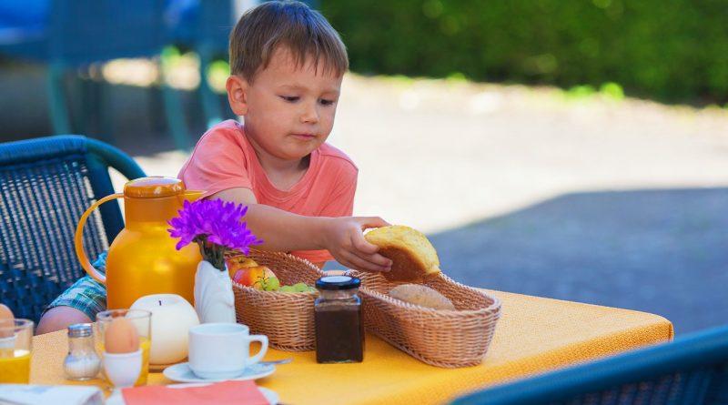 Kako izbrati zajtrk, ki ustreza otroku