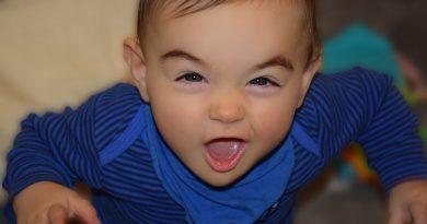 Otrok grize - kako pravilno ukrepati