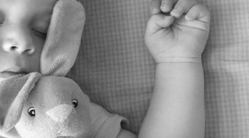 Hepatitis C pri otrocih