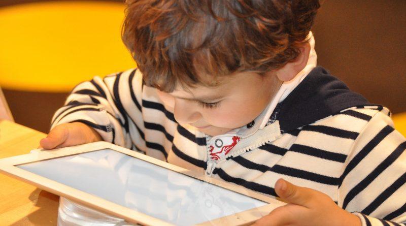 Prepoved tabličnega računalnika je za otroka koristna
