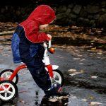 Norveška zgodba iz vrtca: Pustite otroke ven na dež!