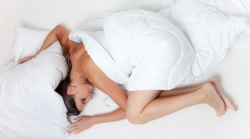Zakaj ženske potrebujejo več spanja kot moški