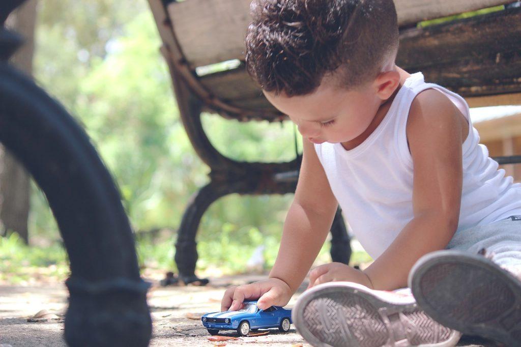 31 stvari, ki bi jih morali vaši otroci početi namesto domačih nalog