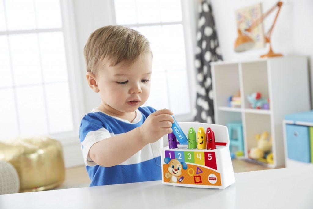 Zakaj se vaš otrok mora igrati