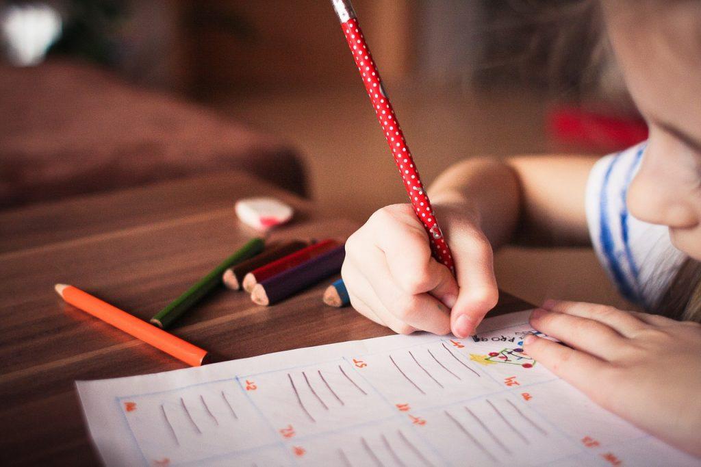 Učne navade v 1. triadi - kolikšna samostojnost se pričakuje od otroka
