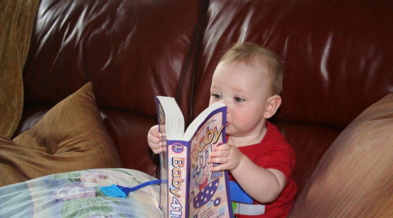 5 dejstev, zakaj je branje pomembno za otrokovo zdravje