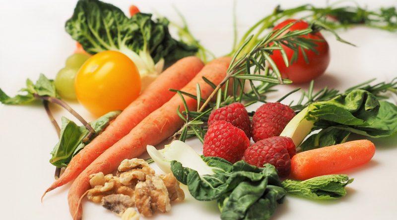 10 živil za krepitev odpornosti pri otrocih
