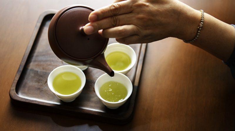 Zeleni čaj - ga je varno piti med nosečnostjo?