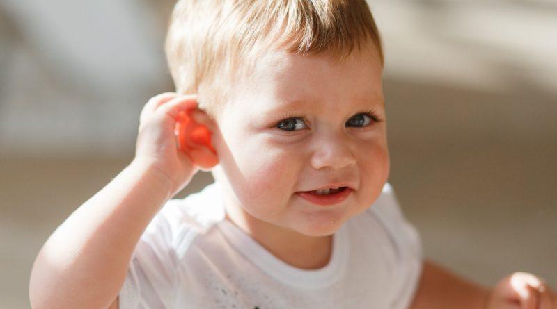 6-nacinov-kako-aktivno-poslusati-vasega-otroka