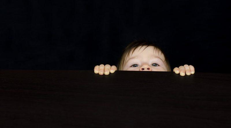 Vpliv vzgoje na možgane: starši smo arhitekti otrokovih možganovVpliv vzgoje na možgane: starši smo arhitekti otrokovih možganov