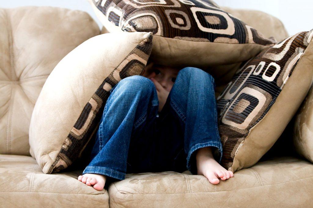 Kako pomagati otroku z anksiozno motnjo