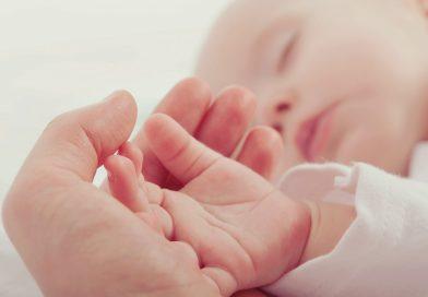 Nosečka! Se odločaš med amniocentezo in NIFTY testom?