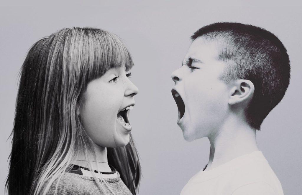 Prepiranje vpričo otrok