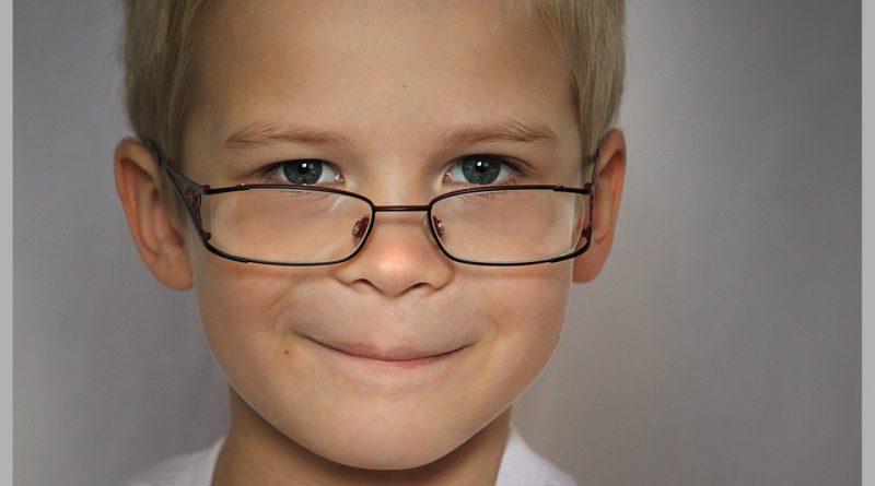 Nadpovprečno inteligenten otrok z negativnimi ocenami